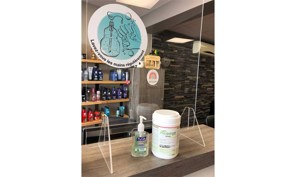 COVID 19 - Une station de lavage des mains à l'accueil