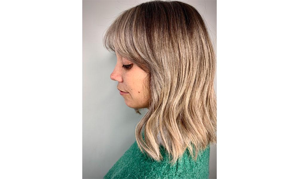 Comment coiffer sa frange - pour une frange volumineuse avec du mouvement