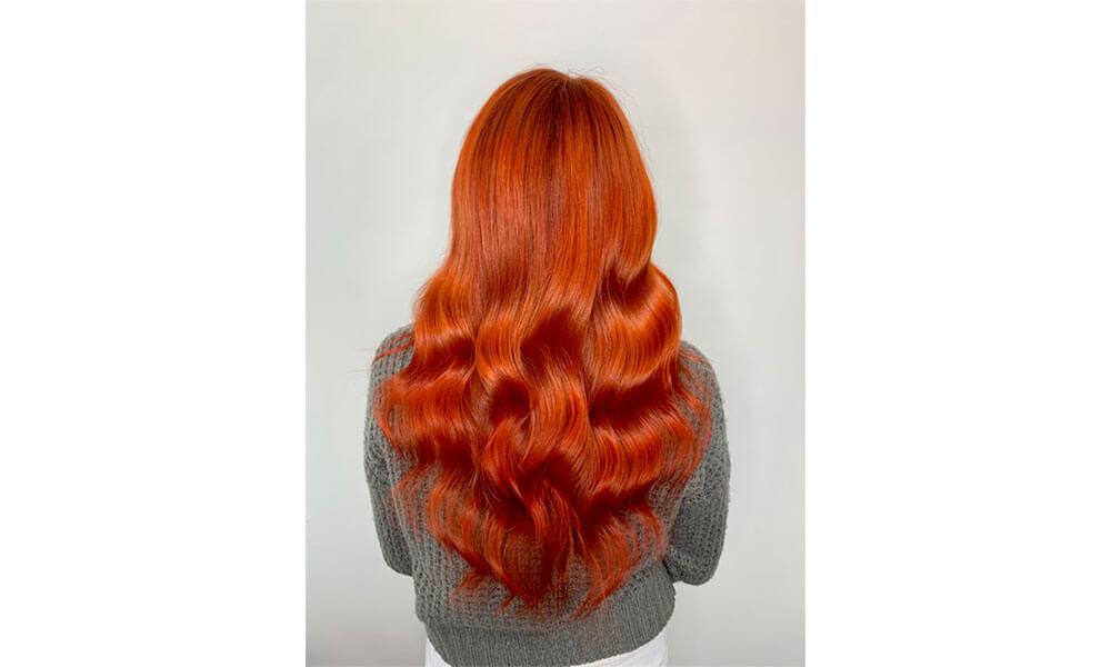 Photo montrant la coloration rousse d'une femme